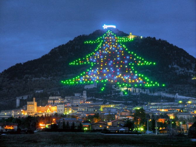 POPE FRANCIS LIGHTS UP GUBBIO