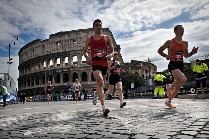 RUN TO ROME AND ENJOY A SUNDAY PLENTY OF BENEFITS!