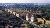 80 METERS AURELIAN WALLS JUST DISCOVERED DURING EXCAVATIONS FOR THE NEW UNDERGROUND