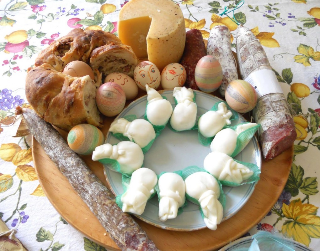 PIZZA, EGGS, SALAMI: THE ITALIAN EASTER BREAKFAST